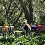 Briefkästen direkt neben dem Campingplatz.