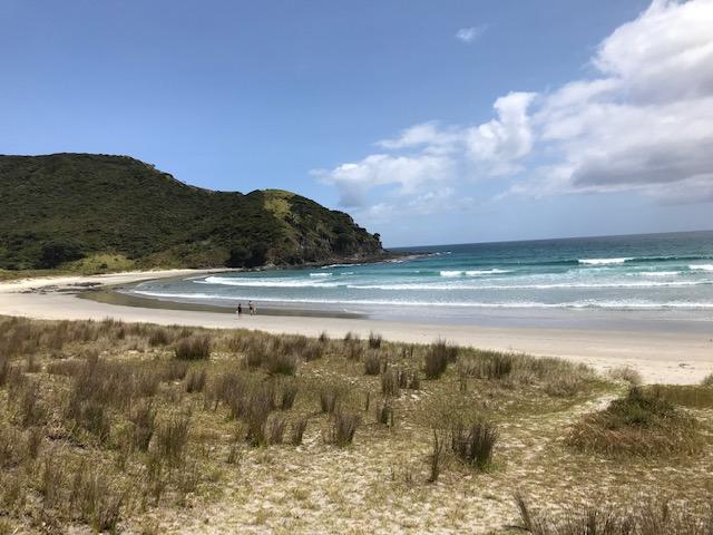 Tapitupotu Bay. Eine Bucht schöner als die andere.