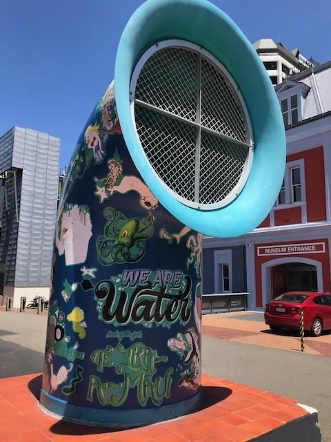 Waterfront Queen's Wharf, im Hintergrund das Wellington Museum zur Stadtgeschichte, sehr sehenswert!